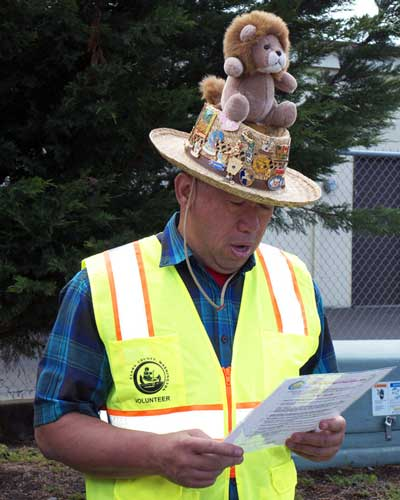 picture of Wade Enos at adopt a road project